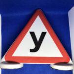 """Магнітний знак буква """"У"""" на дах автомобіля"""